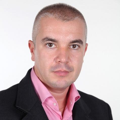 Dr. Gergely István